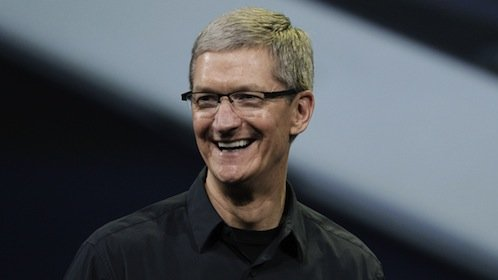 Un afortunado comerá con Tim Cook, CEO de Apple, por 330.001 dólares