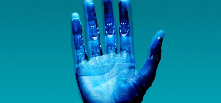 La robotización y la automatización del empleo.